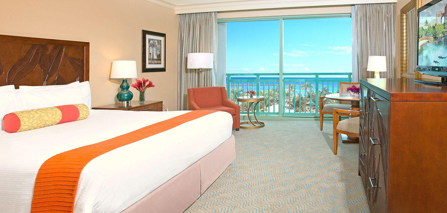 Atlantis Bridge Suite Bedroom Resort