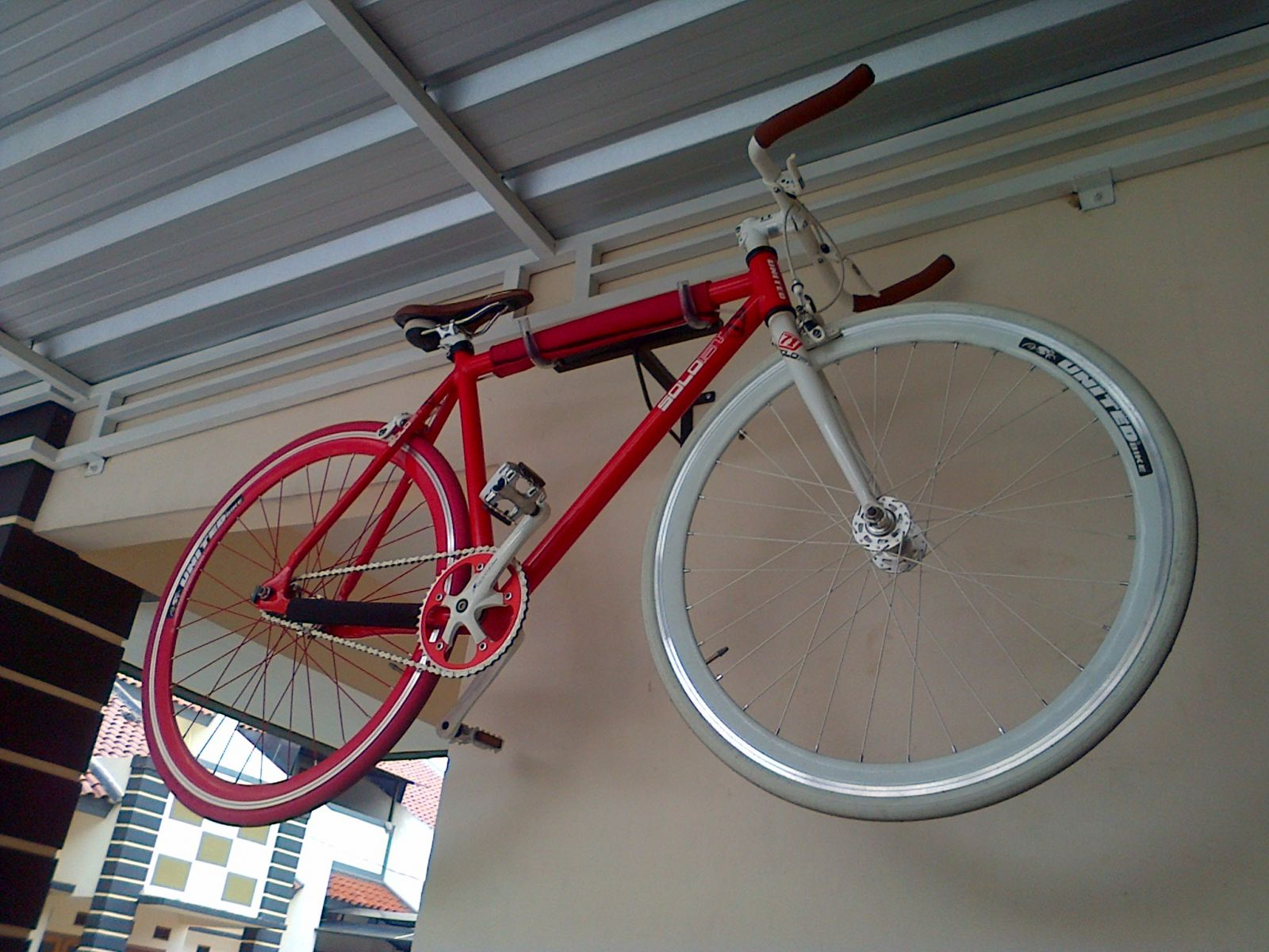 Bike Wall Hanger Horizontal Ideas