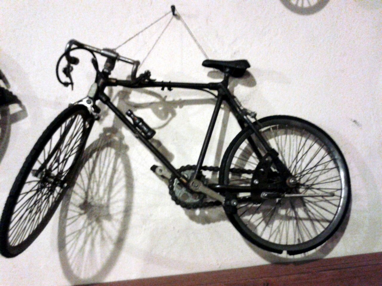 Bike Wall Hanger On Wall Ideas