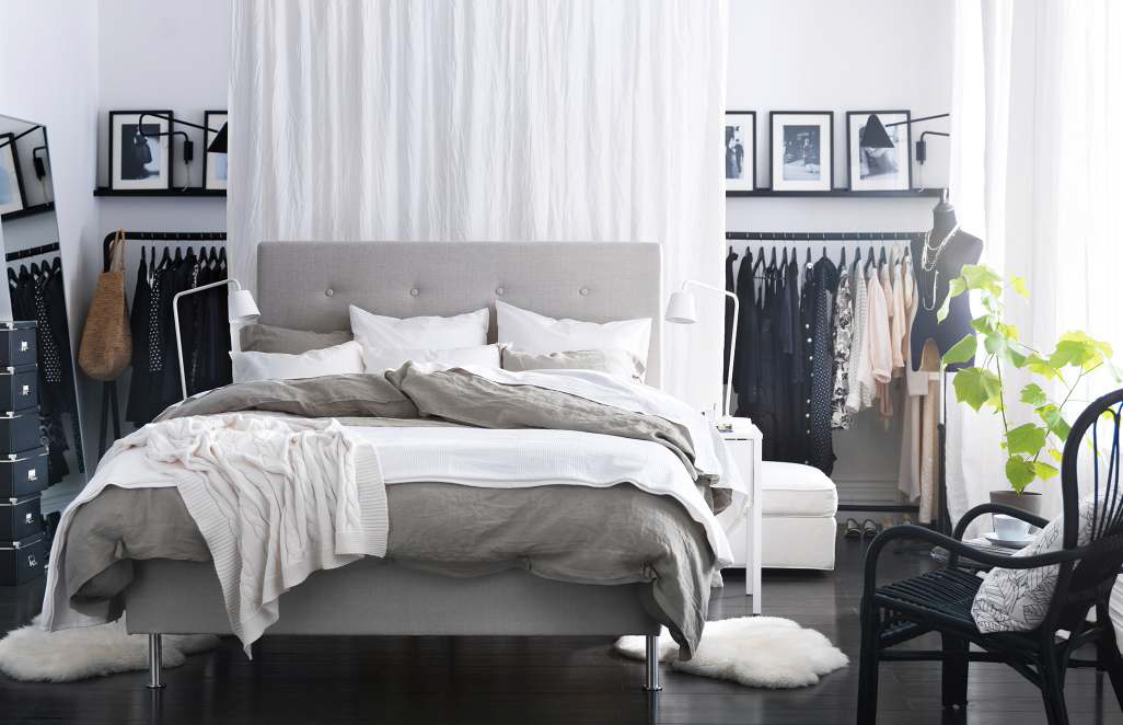 Black And White Theme With IKEA Ideas (Image 2 of 10)