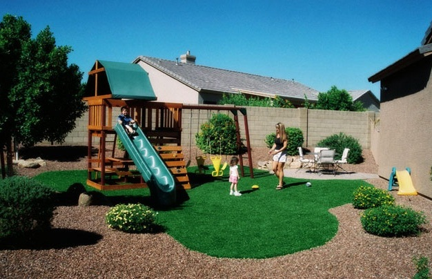 Contemporary Kid Friendly Backyard