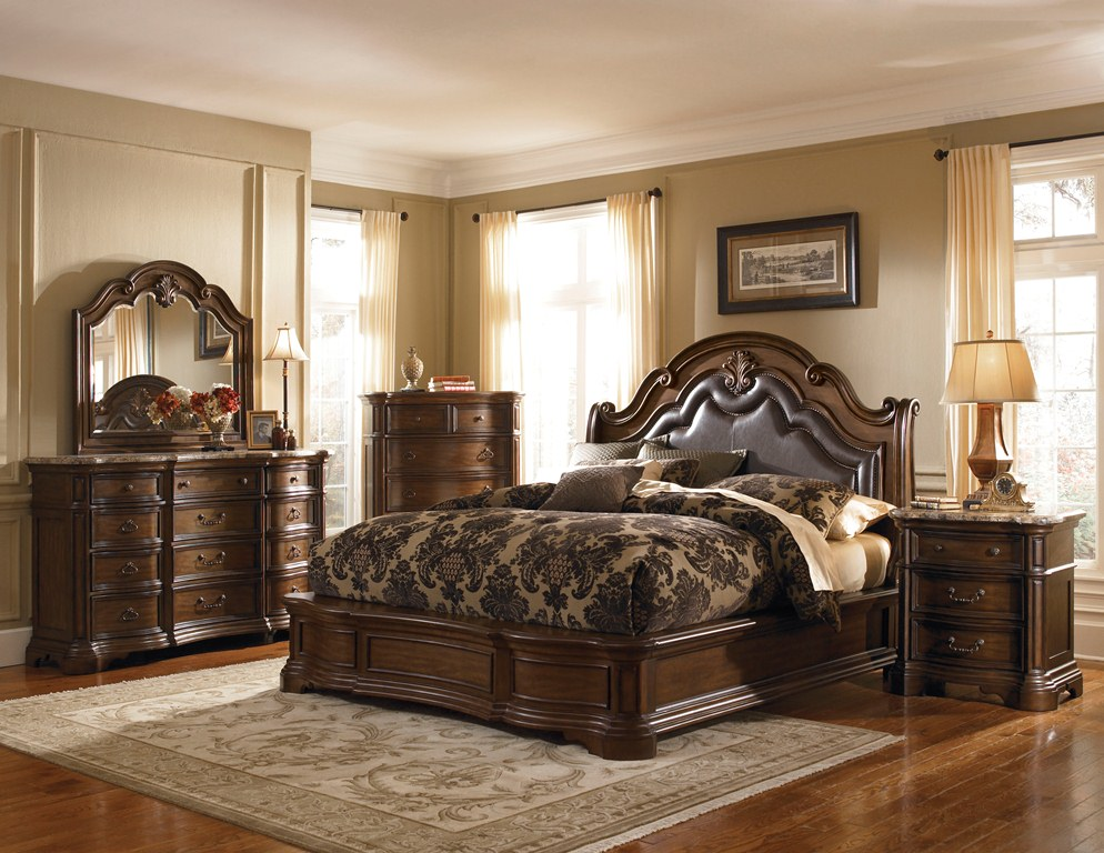 Courtland Bedroom Set – Pulaski Furniture (Image 4 of 10)
