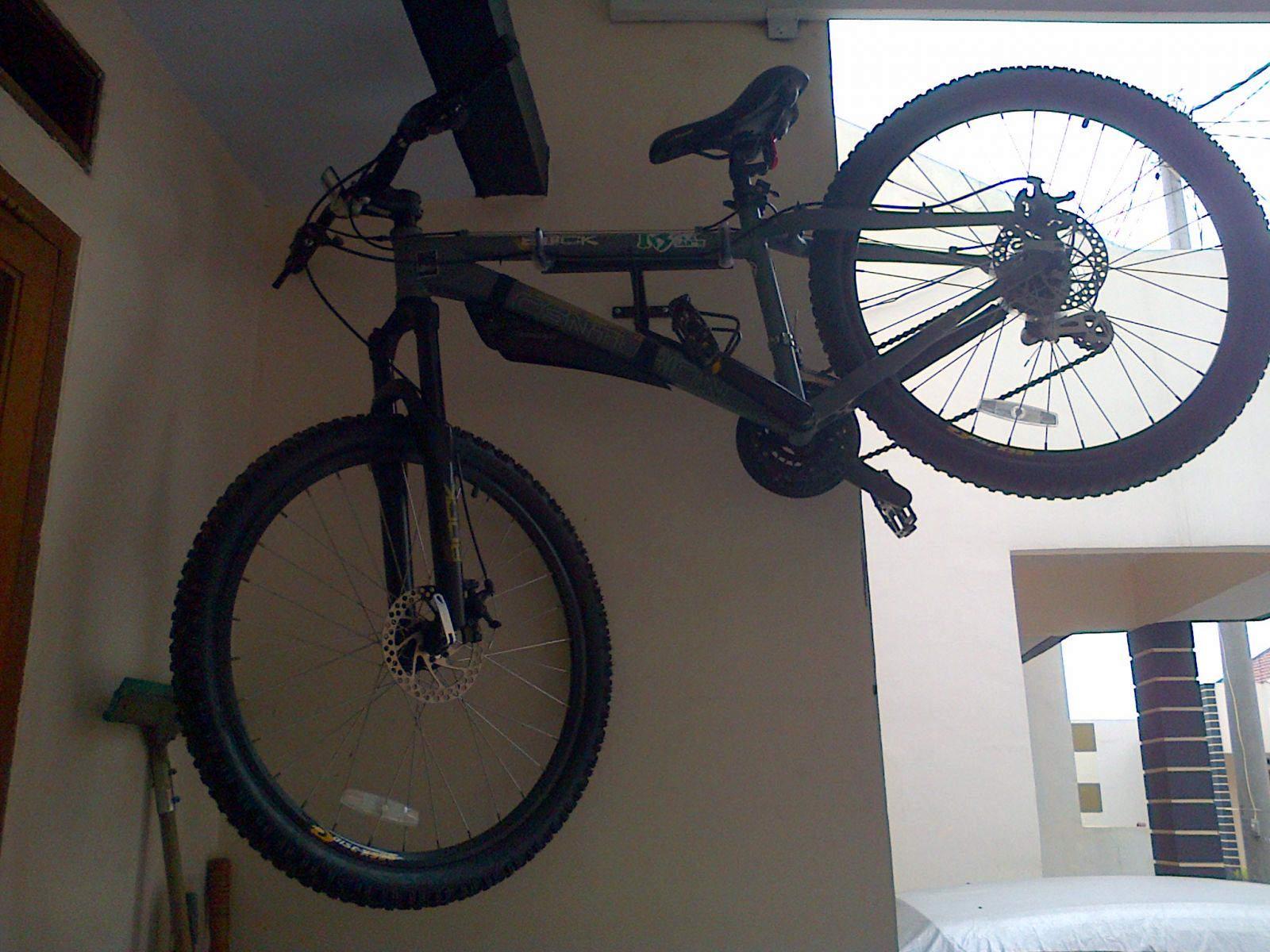 Creative Bike Wall Hanger Horizontal Ideas