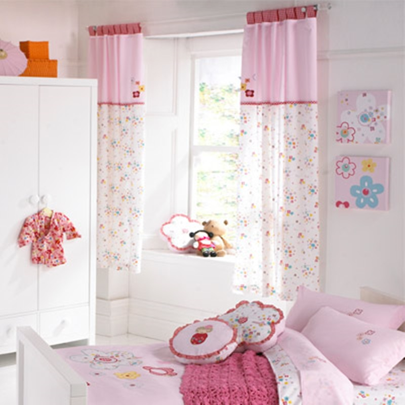 Cute Window Curtain For Kid Room (Image 4 of 10)