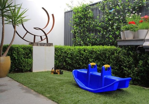 DIY Kid Friendly Backyard Ideas (Image 2 of 6)