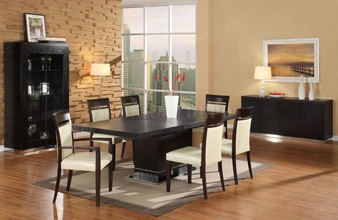 Dining Room Furniture (View 7 of 18)