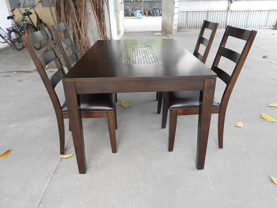 Elegance Solid Wood Dining Table Set (Image 5 of 19)