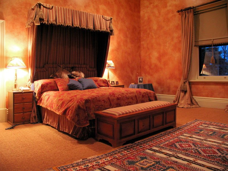 Elegant Middle Eastern Bedroom