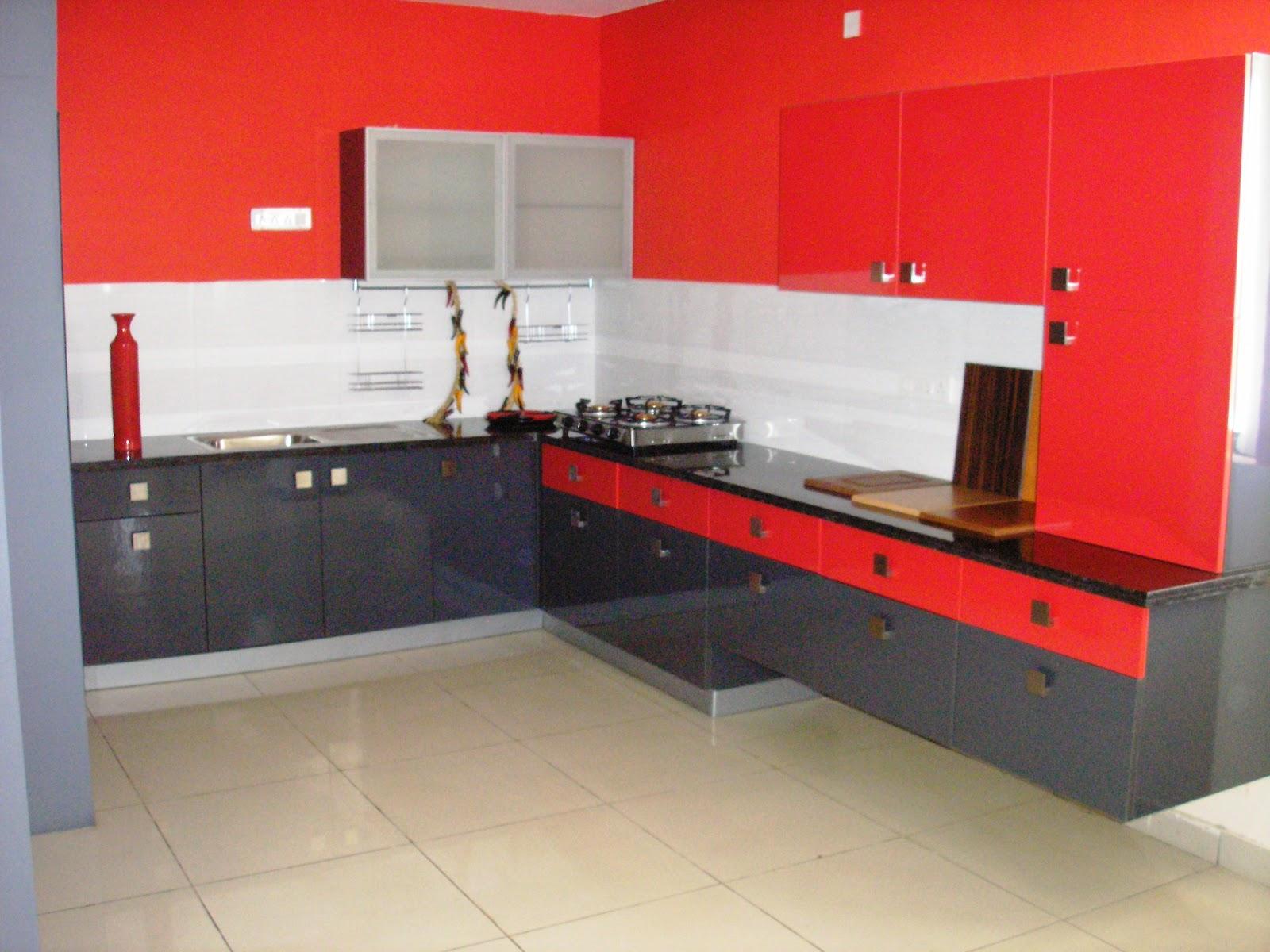 Elegant Red Kitchen Ideas (Image 3 of 10)
