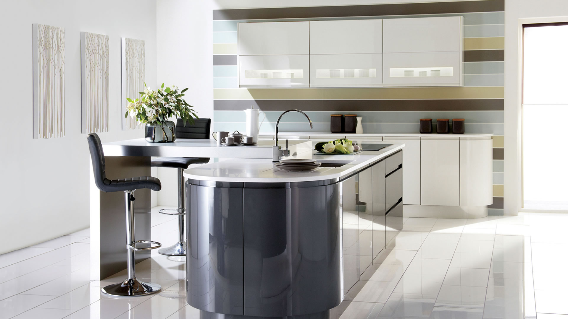 Expensive Modern Kitchen (View 6 of 10)