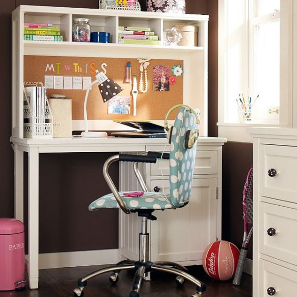 Stunning Decoration Ideas For Study Table For Girls | Custom Home ...