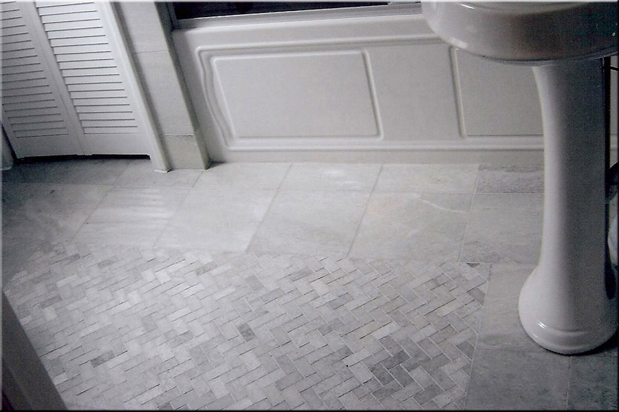 Gray Tile Bathroom Flooring Concept (Image 5 of 15)