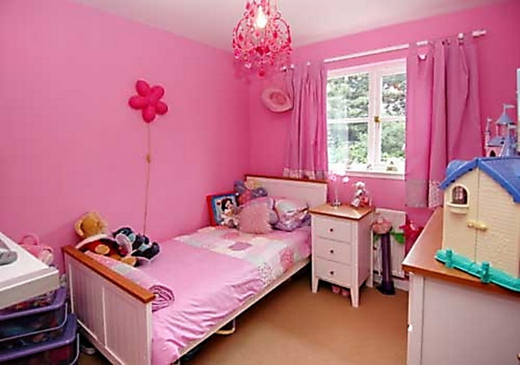 Intresting Bedrooms For Girls In Low Budget (Image 5 of 10)