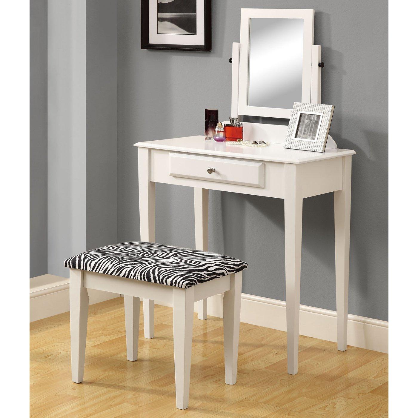 Minimalist Vanities For Bedroom (View 9 of 10)