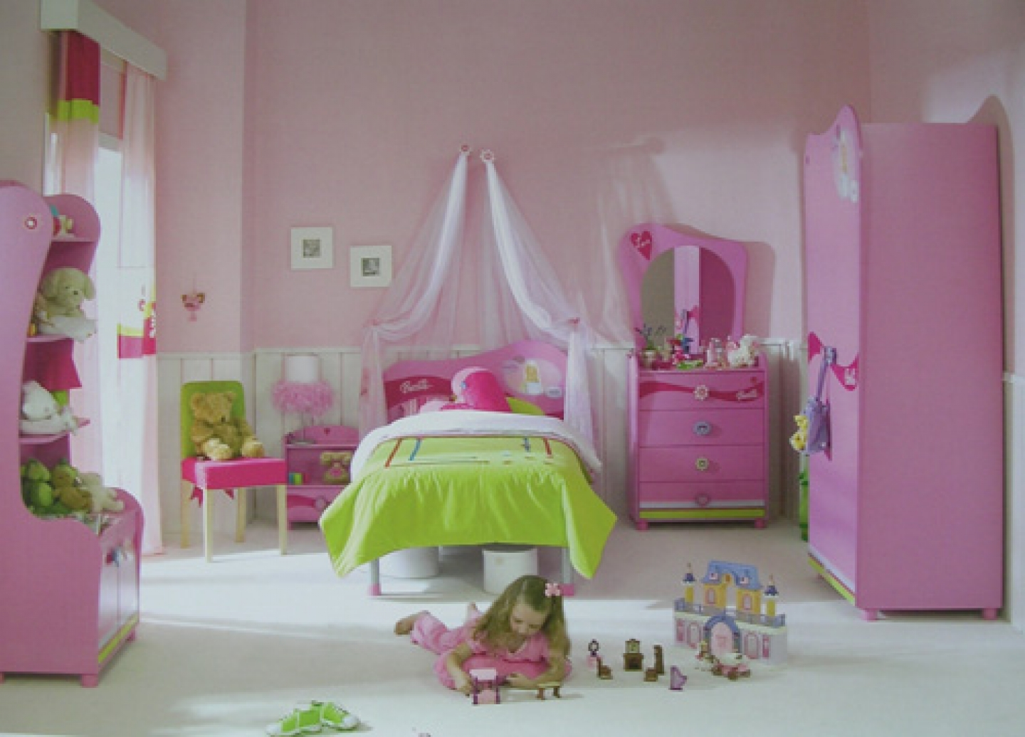 Pink Dressing Room Designs (View 4 of 10)