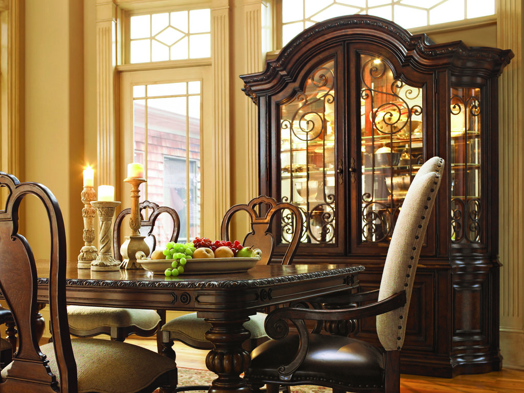 Pretty Dining Room Design Glass Wood Buffet Cabinet (Image 8 of 10)