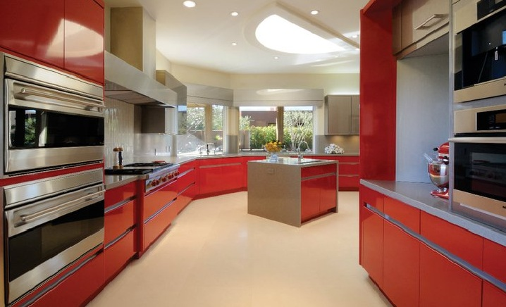 Red Kitchen Cabinet Ideas (Image 8 of 10)