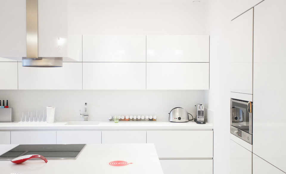 Spacious Apartment Kitchen (Image 12 of 16)