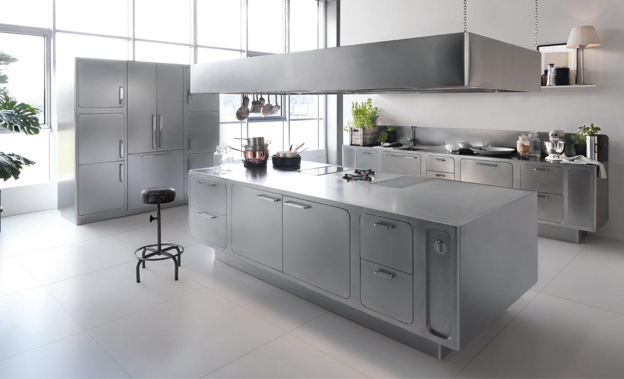 Stainless Steel Basic Kitchen Design (Image 15 of 16)