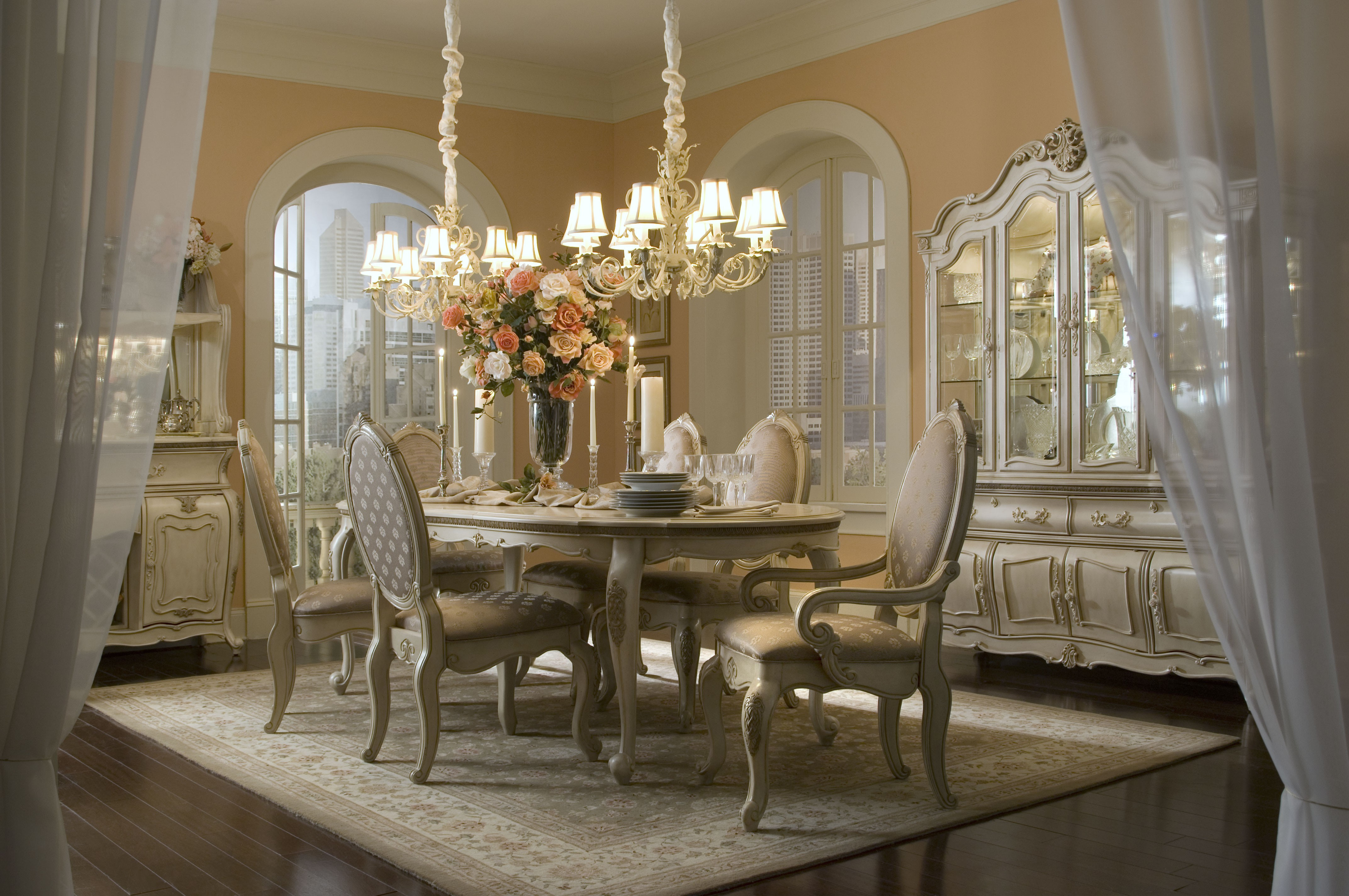 Traditional Antique White Dining Room With Luxury Hanging Lamp (Image 18 of 19)
