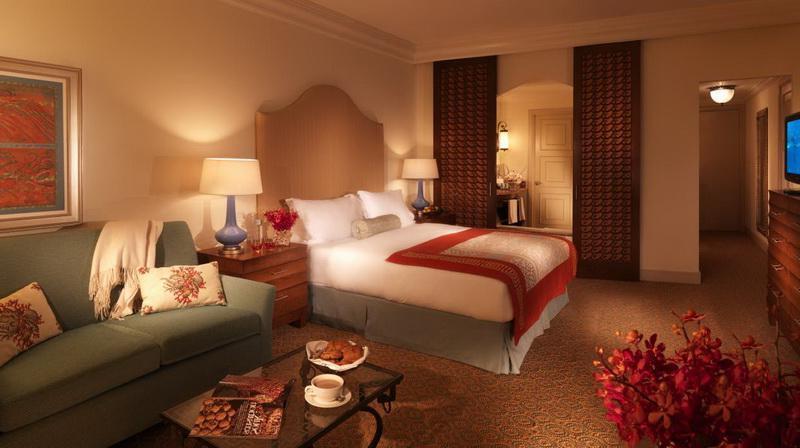 Ultimate Atlantis Bridge Suite Bedroom