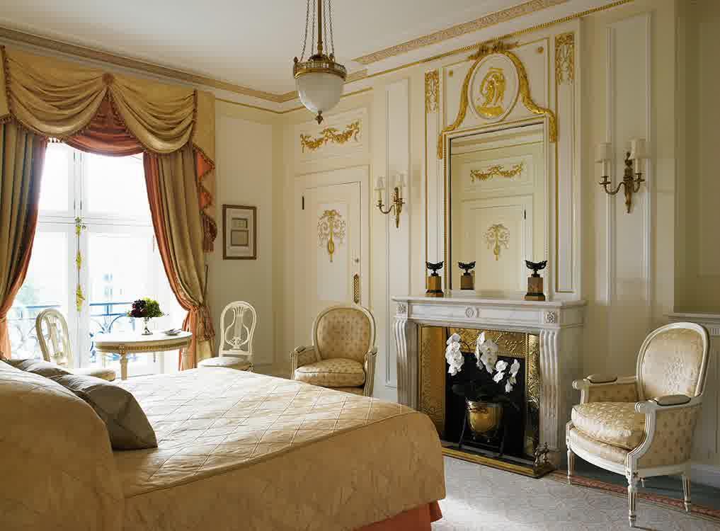 Vintage Middle Eastern Bedroom (View 3 of 10)