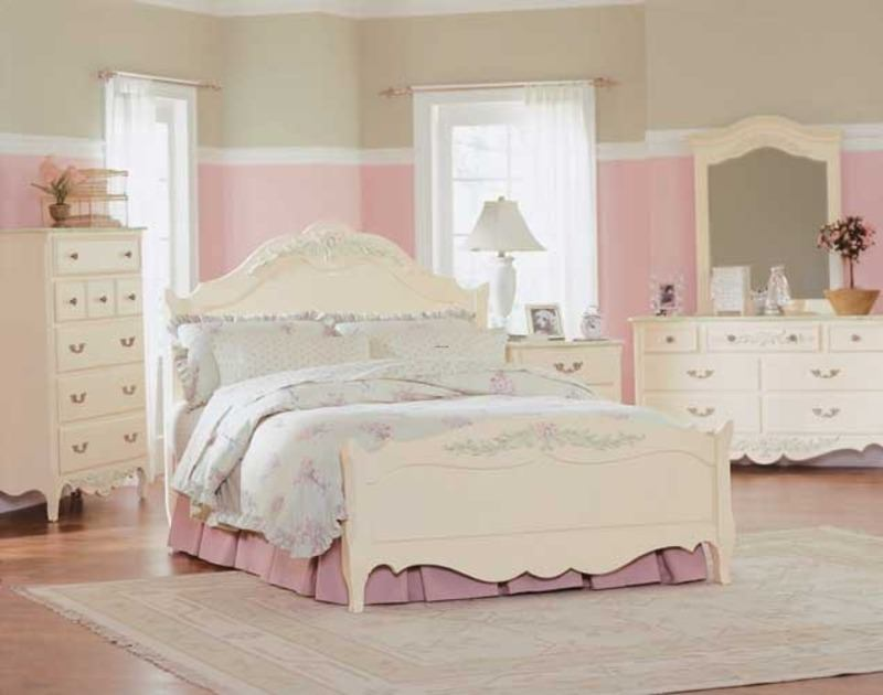 White Bedroom for Twin Girls Decoration Sets and Furniture