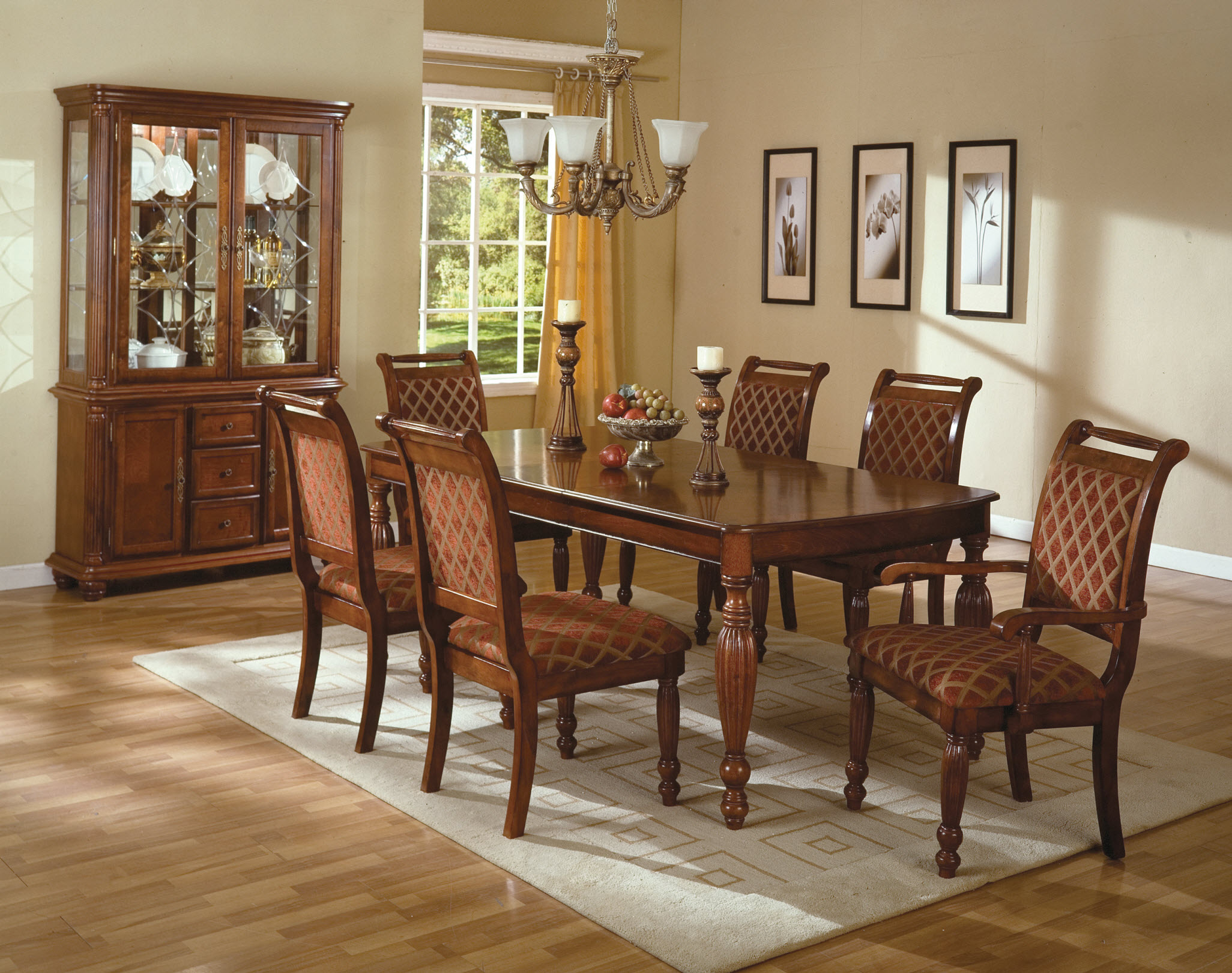 Wonderful Dining Table And Chairs (Image 10 of 10)