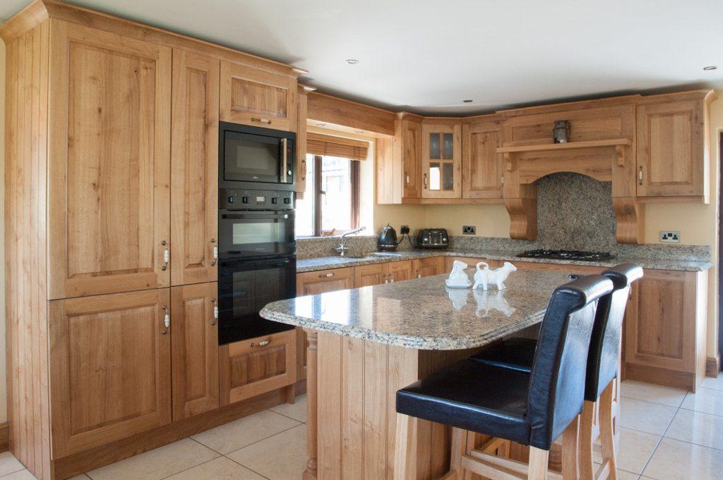 Wooden Basic Kitchen Design
