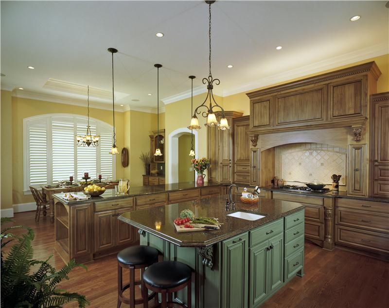 Wooden Cabinet Victorian Kitchen Decoration