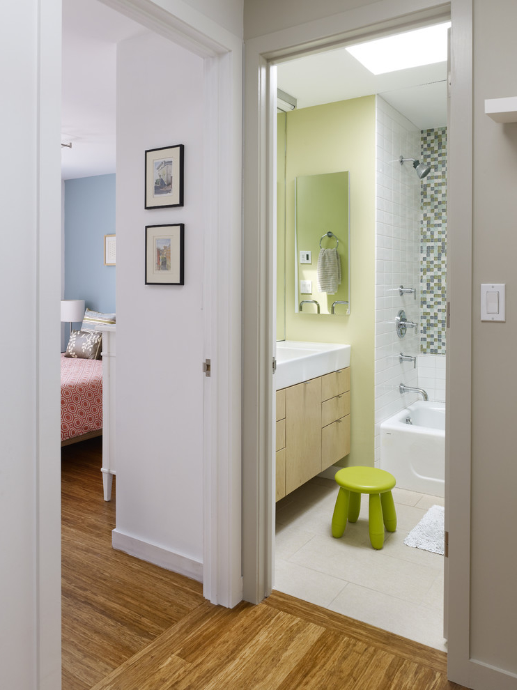 2015 Small Bedroom With Bathroom