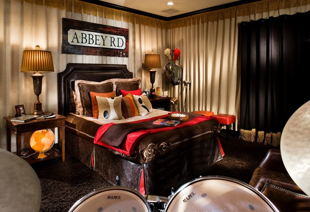 ABBEY RD bedroom theme