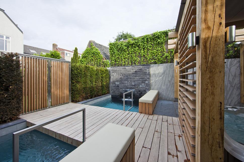 Amazing Thai Terrace Design (View 1 of 10)