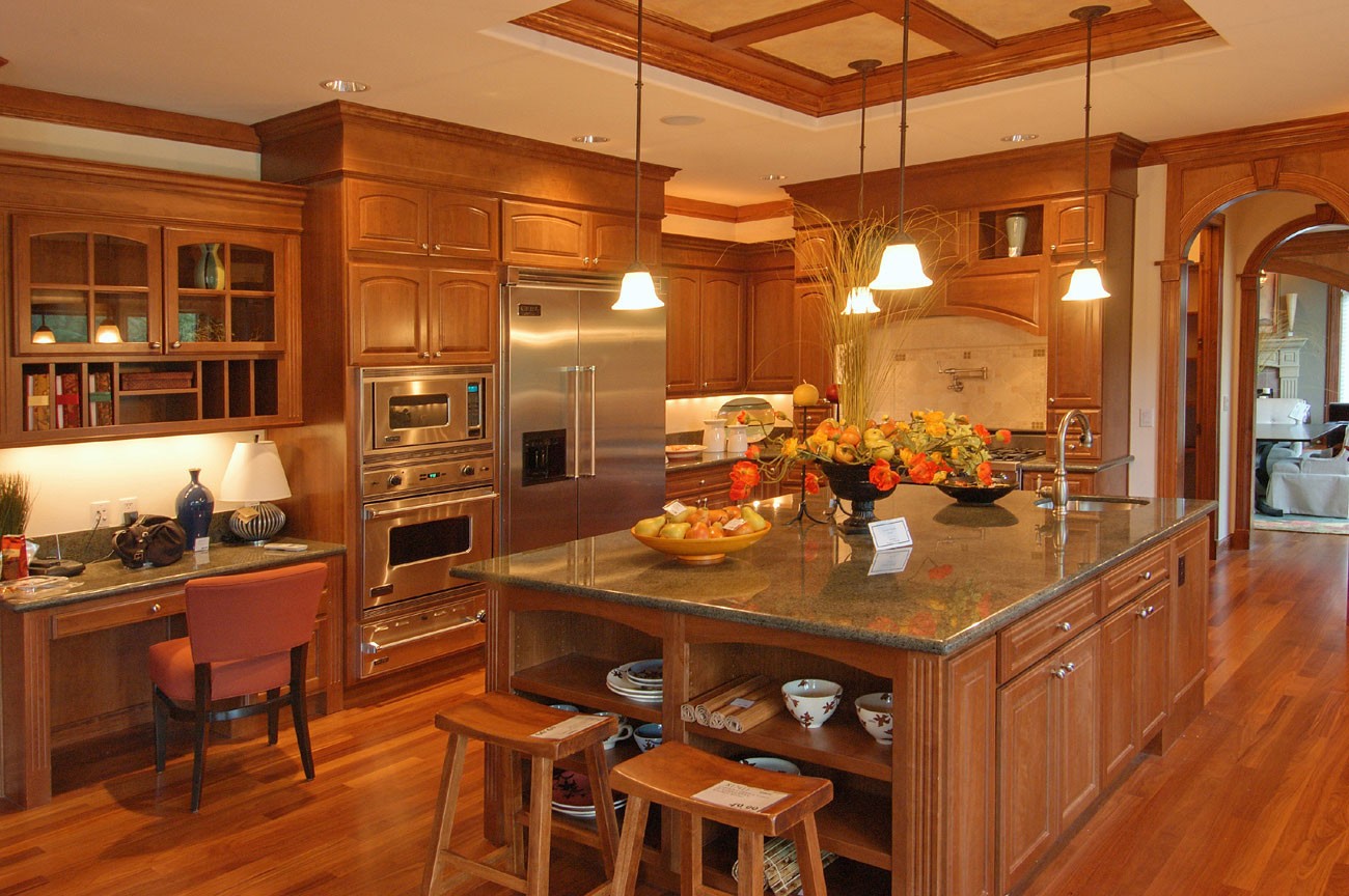 Awesome Large Kitchen Design (Image 2 of 10)