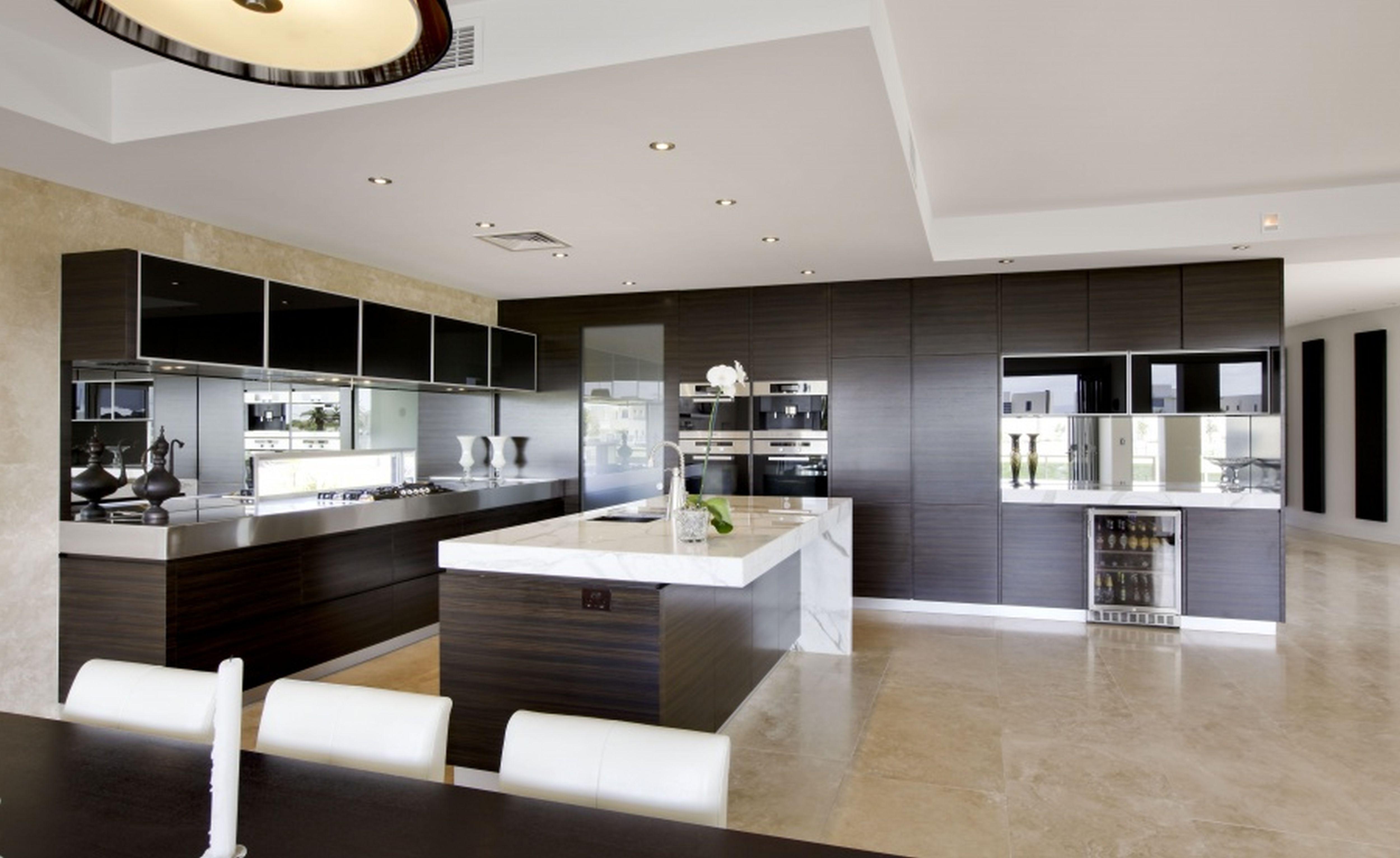 Beautiful Contemporary Kitchen Design Idea