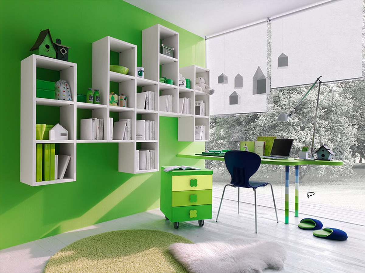 Beautiful Green Wall Painted Color (Image 2 of 10)