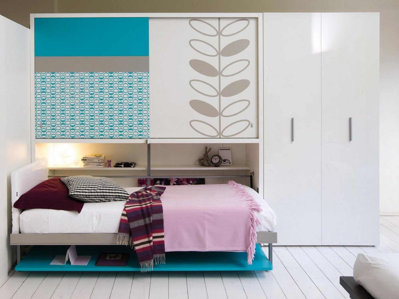 Beauty Transformable Murphy Bed Ideas (View 1 of 10)
