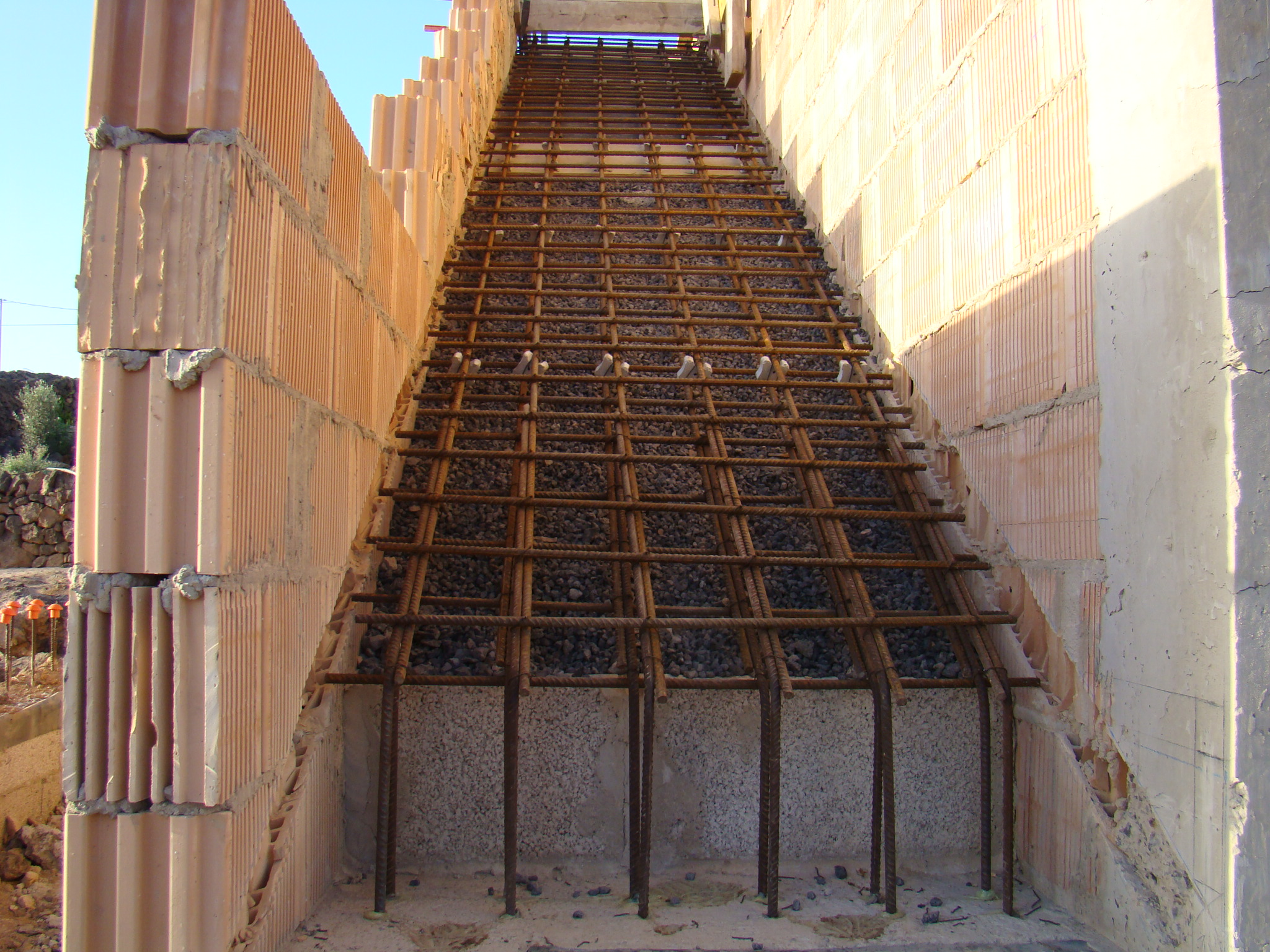 Best Process To Build Stair Layout With Cemen