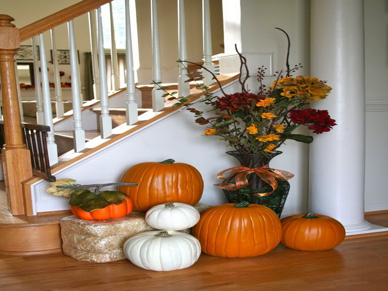 selecting the centerpieces for fall home decor ideas