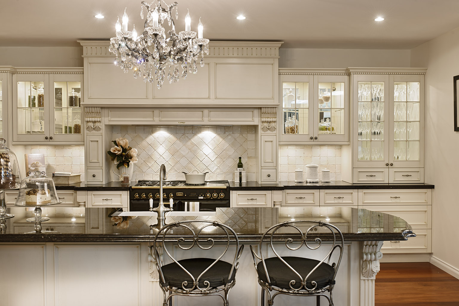 Charming Large Kitchen Design