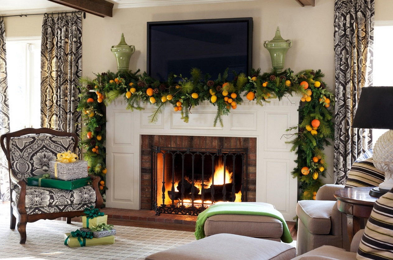 Christmas Fireplace Decorating