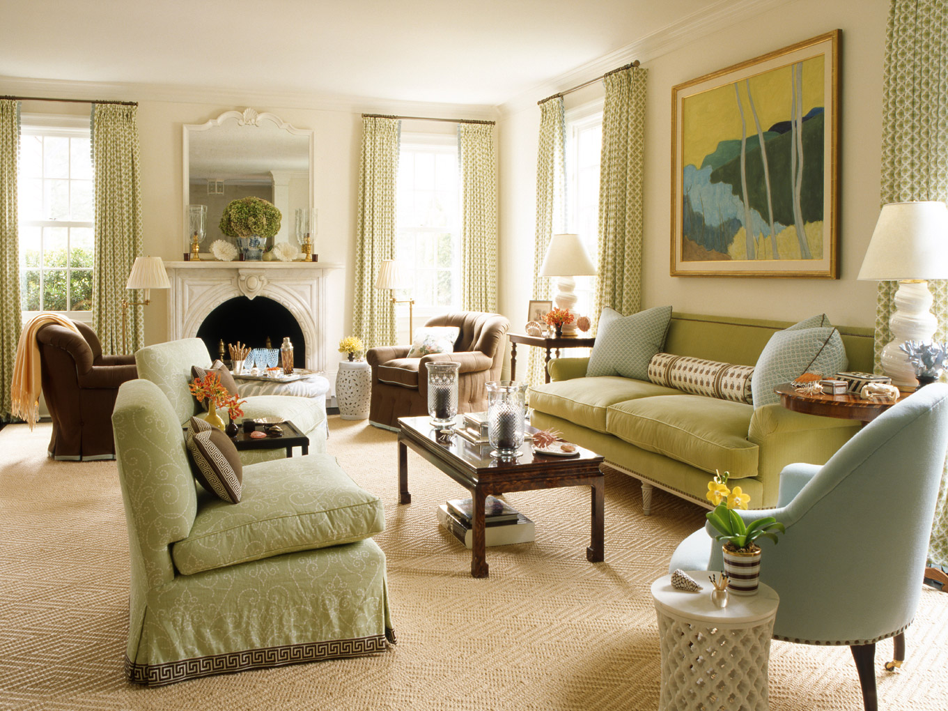 Classic Style NYC Living Area (Image 2 of 10)