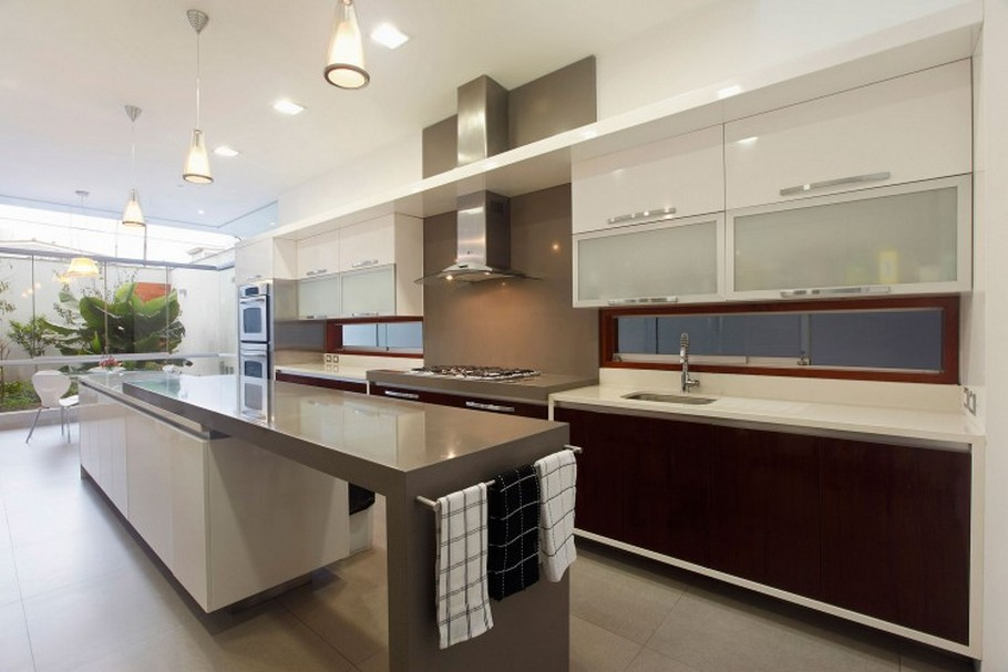 Contemporary Kitchen Design Space Austin (Image 3 of 10)