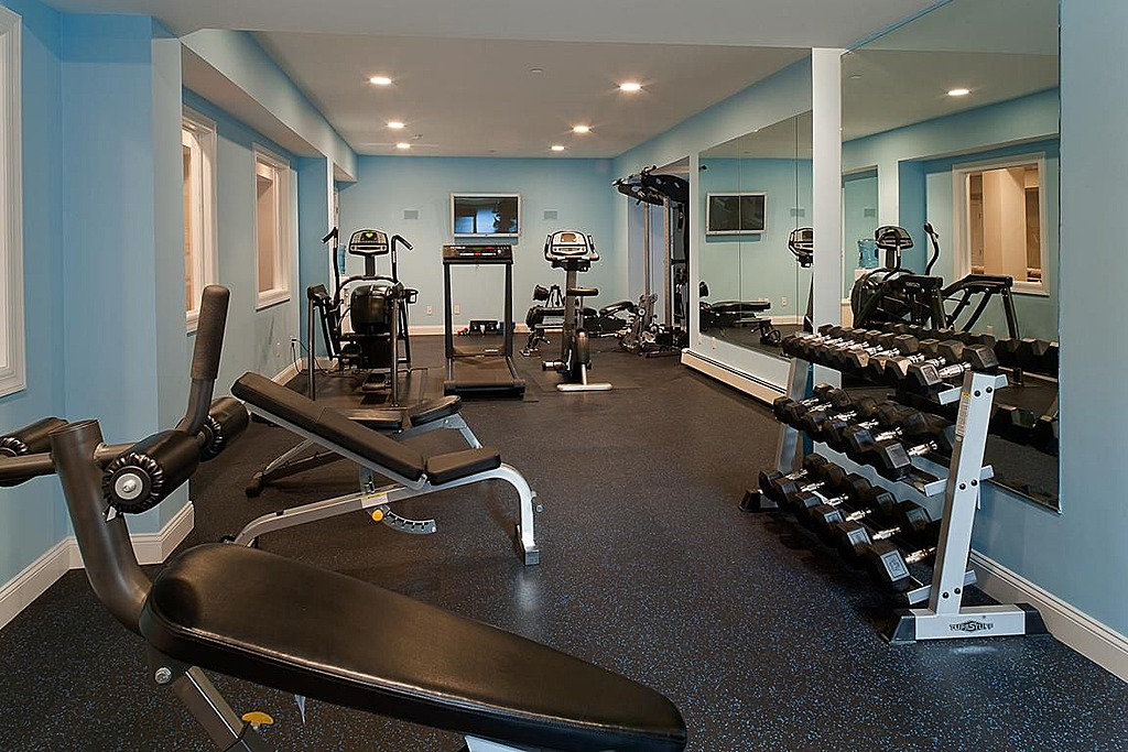 diy gym room designing gym room in home image 1 of 10. beautiful ideas. Home Design Ideas