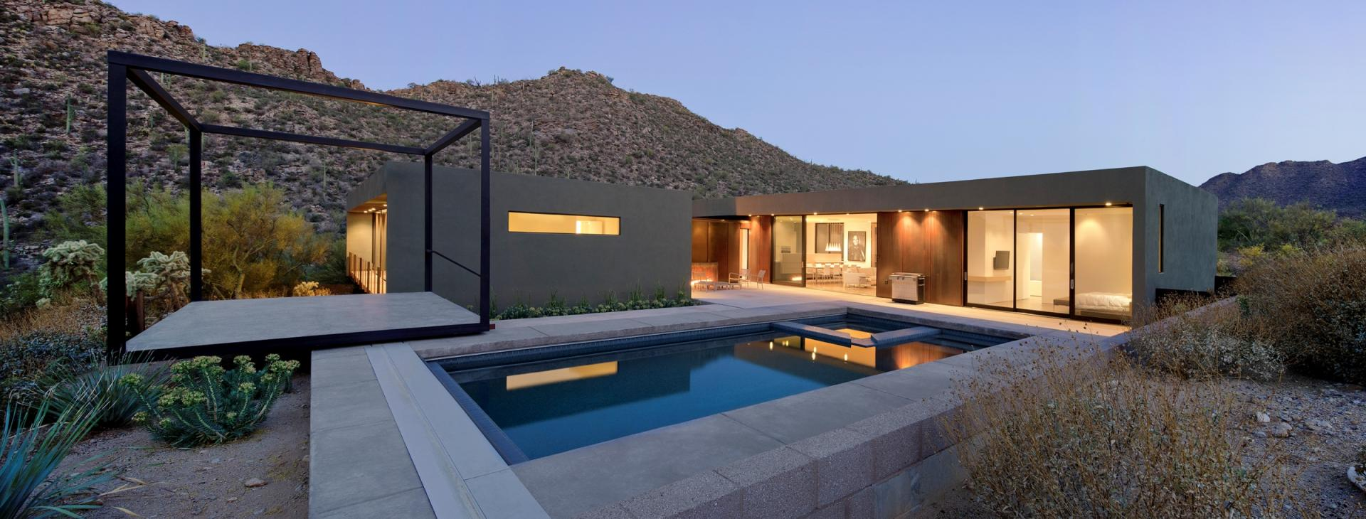 Desert House with Awesome Viewing