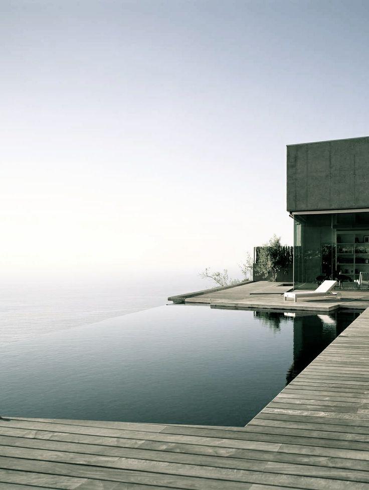 Elegant Minimalist Infinity Pool Design No Edges No Boundaries