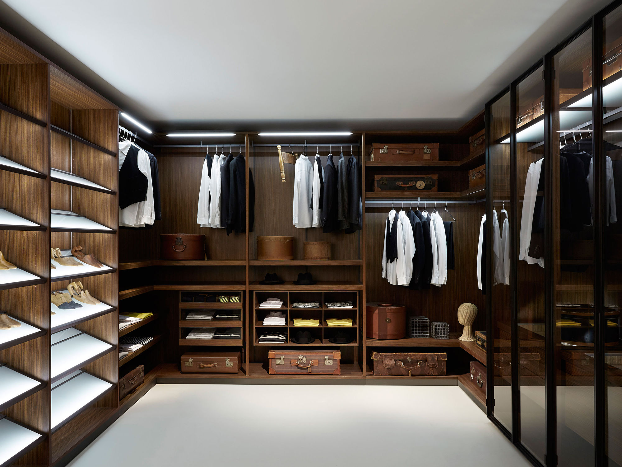 Elegant Wardrobe Closet Common Types Designs (View 2 of 10)