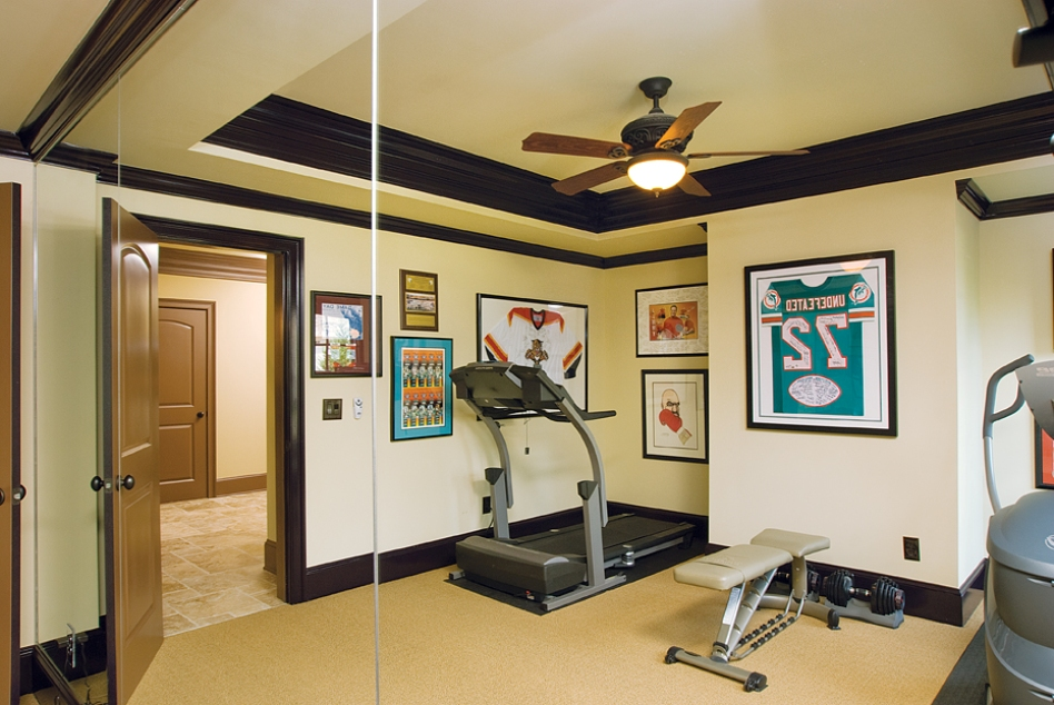 Awesome Extraordinary Designing Gym Room In Home (Image 3 Of 10)