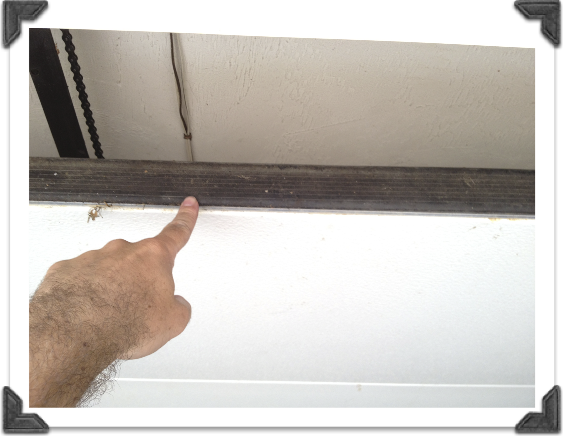 Making the right application of garage door weather for Door weather stripping