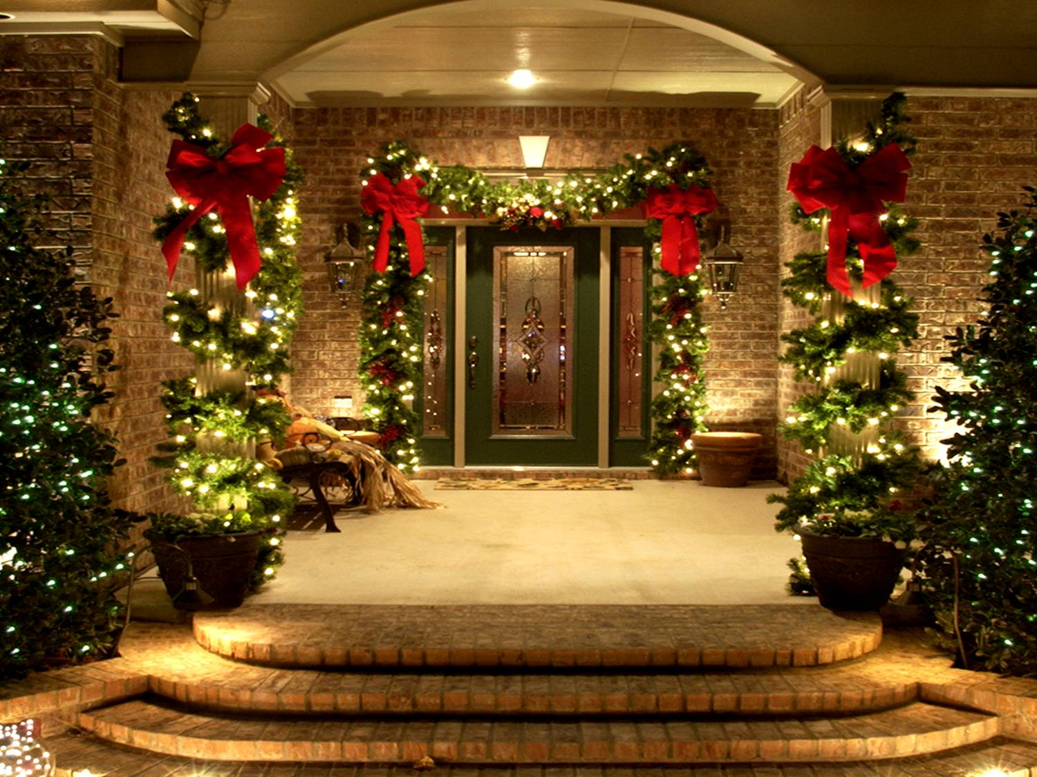 Featured Image of Christmas Decorating Ideas For Your House